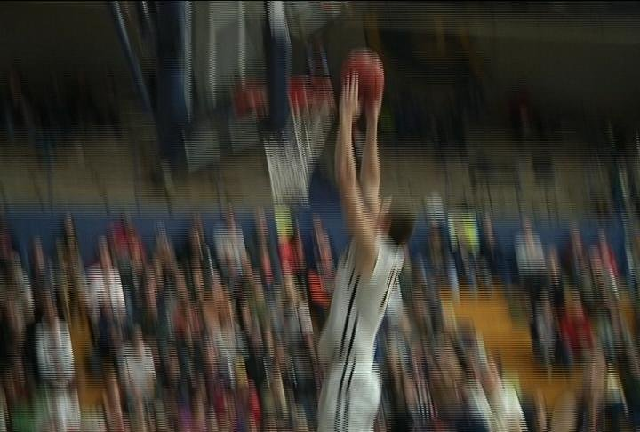 UWEC's Josh Weix throws down 2 of his game-high 22 points