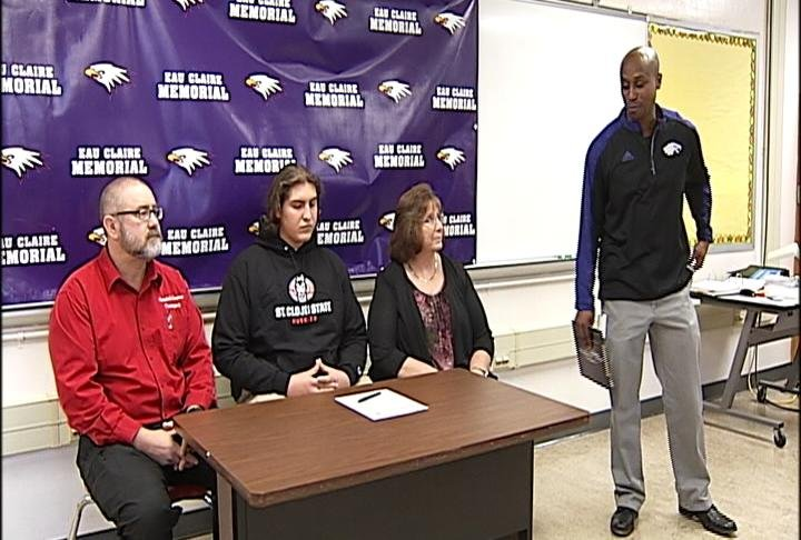 EC Memorial's Michael Graese signs with St. Cloud State