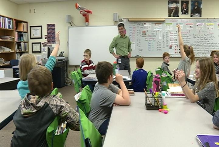 Amery students sold $44K worth of t-shirts, with proceeds going to both police departments