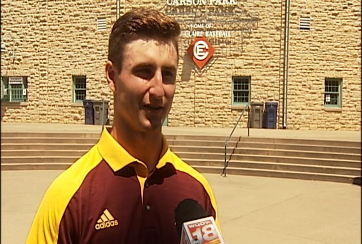 Express outfielder Zach Gilles