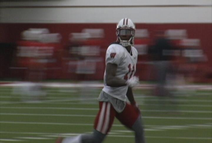Wisconsin Cornerback Nick Nelson at practice