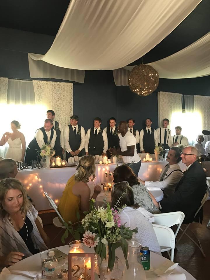 Courtesy: Dixon's Apple Orchard and Wedding Venue