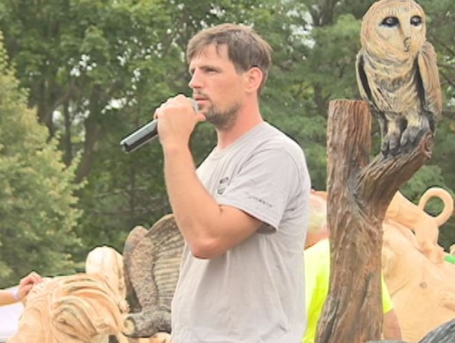 Steve Higgings, from Missouri, won first place in the U.S. Open Chainsaw Sculpture Championship.