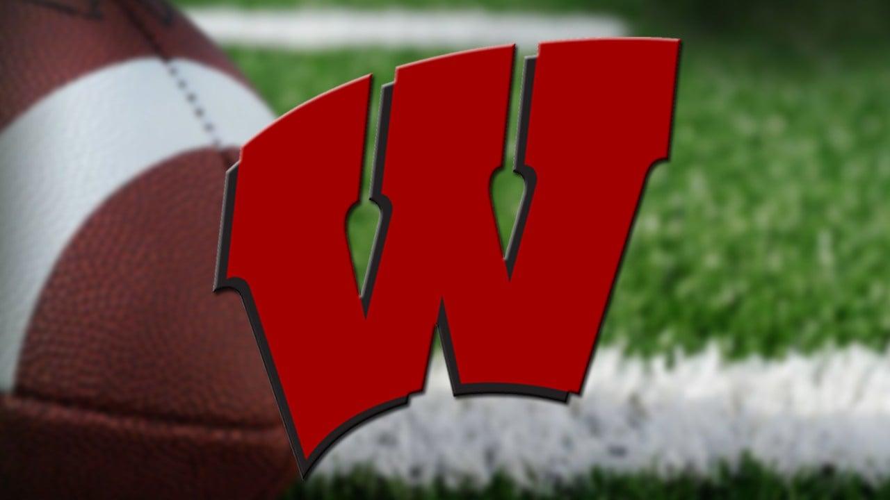 Wisconsin RB Jonathan Taylor rips off 64-yard TD run