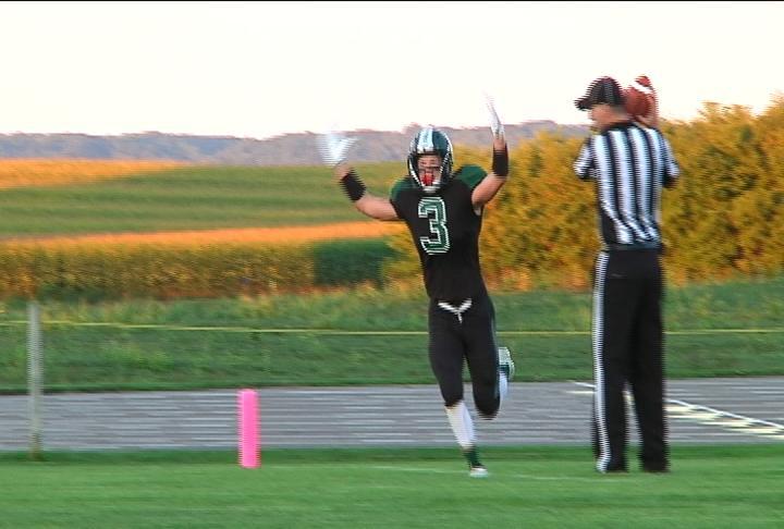 Fall Creek's Joey Kinderman rushes for  TD