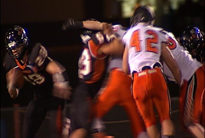 Elk Mound's Brady Redwine breaks loose for his 4th rushing TD
