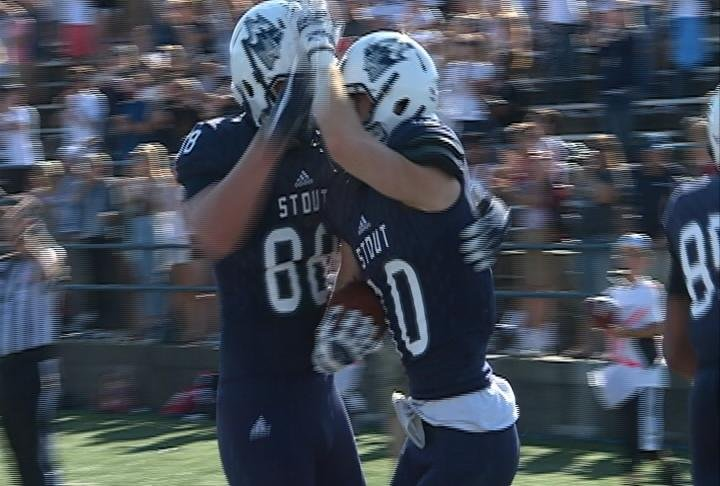 Josh Malone scores the go-ahead TD as Stout upsets St. Thomas