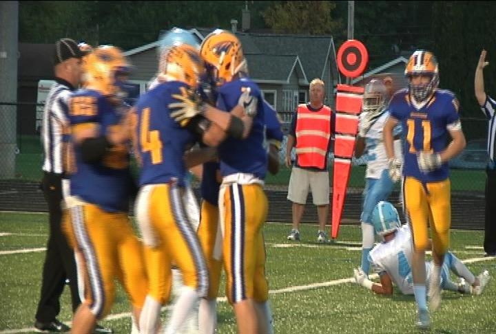 Rice Lake's offense puts up 21 first quarter points