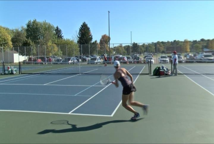 EC Memorial's Sierra Auleta will advance to the state individual tourney