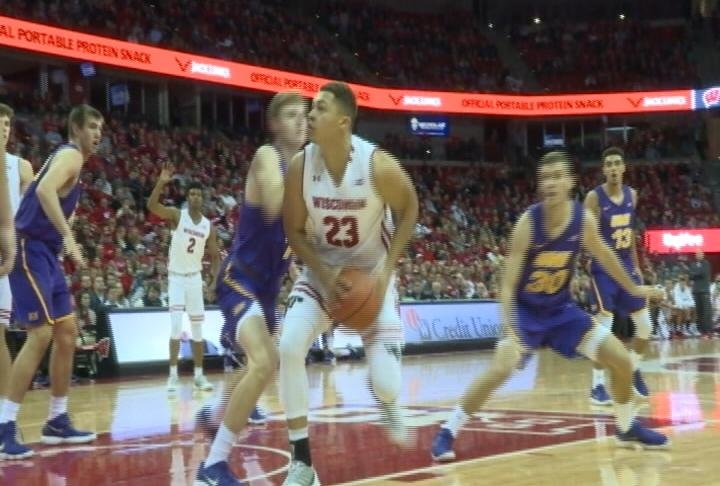 Kobe King leads Wisconsin with 15 points