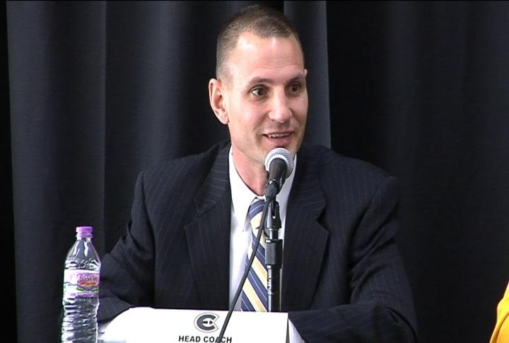 UWEC men's basketball coach Matt Siverling