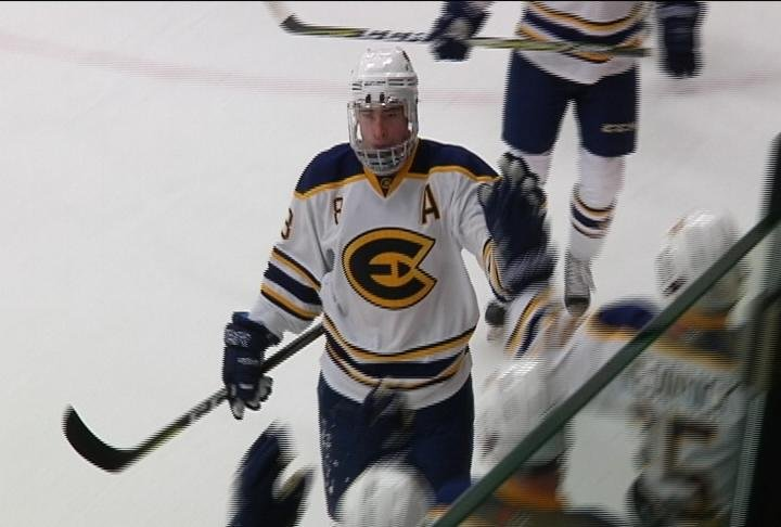Colton Wolter scores a pair of goals as the Blugolds top Finlandia