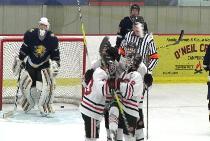 Chippewa Falls boys hockey to be broadcast on DECADES channel (file photo)