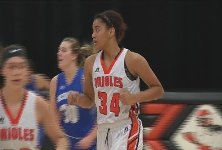 Tahlia Walton scores for the Orioles as they edge McDonell Central