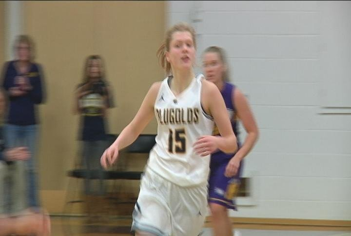 Sophomore Kelsey Bakken scores 10 in the Blugolds' latest win over Northwestern