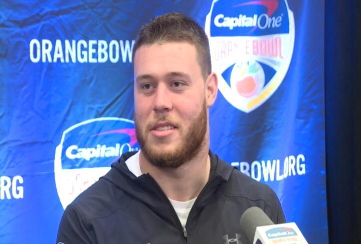Wisconsin senior linebacker Garrett Dooley