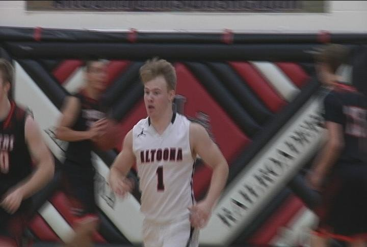 The host Railroaders top New Richmond