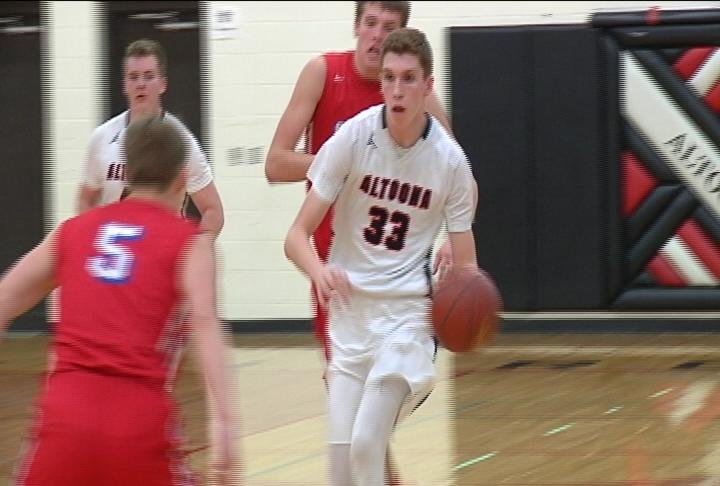 Jacob Chilson heads to the hoop as Altoona upsets G-E-T