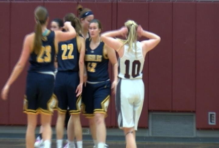 UWEC gets 8 points from Kayla Hanley (#42) in a close win at UWL