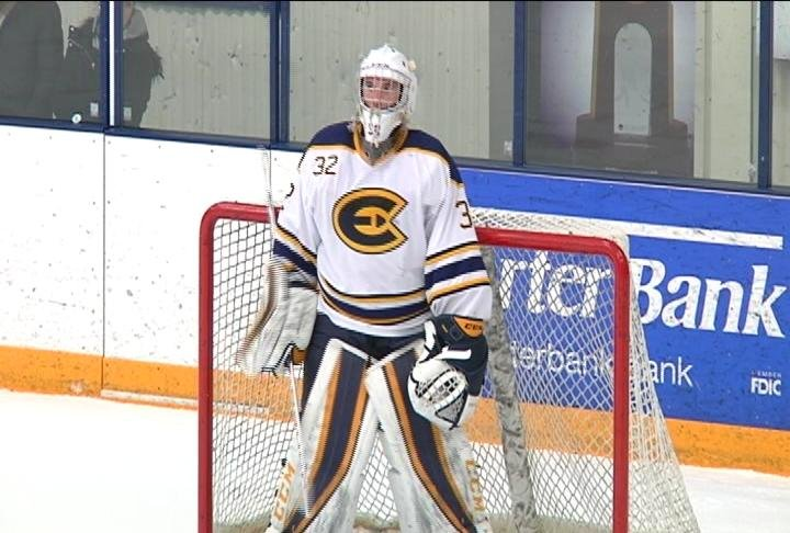 Zach Dyment records a shutout, as the Blugolds snap a 2 game losing streak