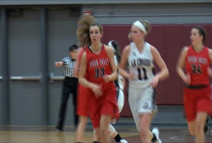 UW-River Falls drops a road game at UW-La Crosse