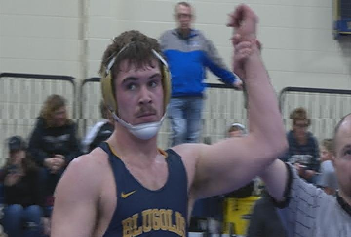 Blugold Ramsey Bloy goes on to win the 197 pound bracket