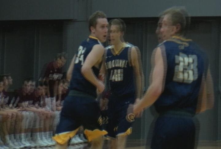 The Blugolds roll past La Crosse to earn their third conference win