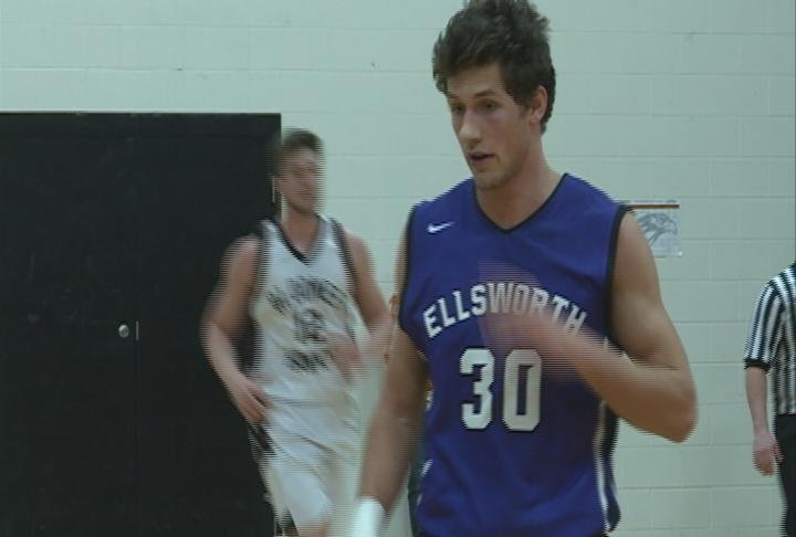 Ellsworth upends Bloomer