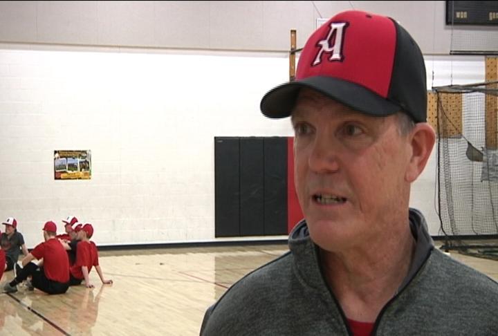 Altoona head coach Craig Walter