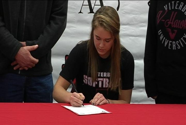 Autumn Olson of Chippewa Falls signs with Viterbo softball