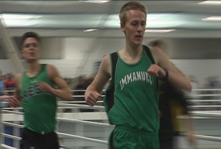 Immanuel Lutheran's Dan Lau edges Regis' Zach Yengo in the 1600 meter run