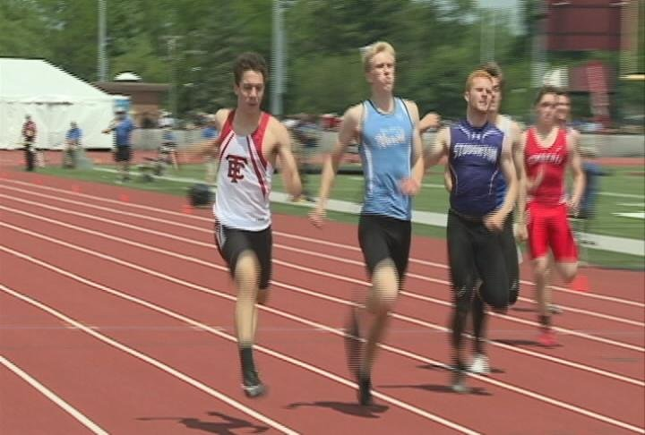 EC North's Arik Skifstad sets a school record in the 200 meter prelims