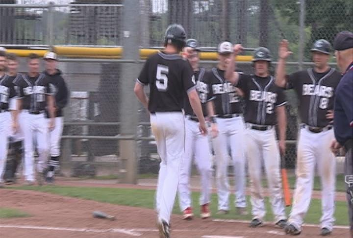 Josh Halling hits a 3-run homer for the Bears