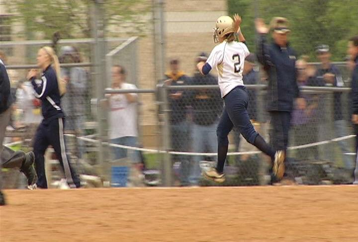 Nikki Bromelkamp smacks a HR to eliminate Stout