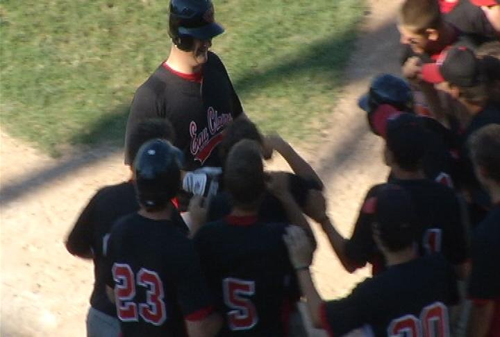 Eau Claire celebrates Dominic Berlin's walk-off HR