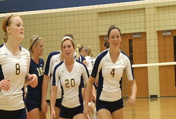 UWEC VB sweeps UW-Stout