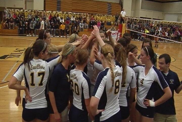 UWEC sweeps UWS