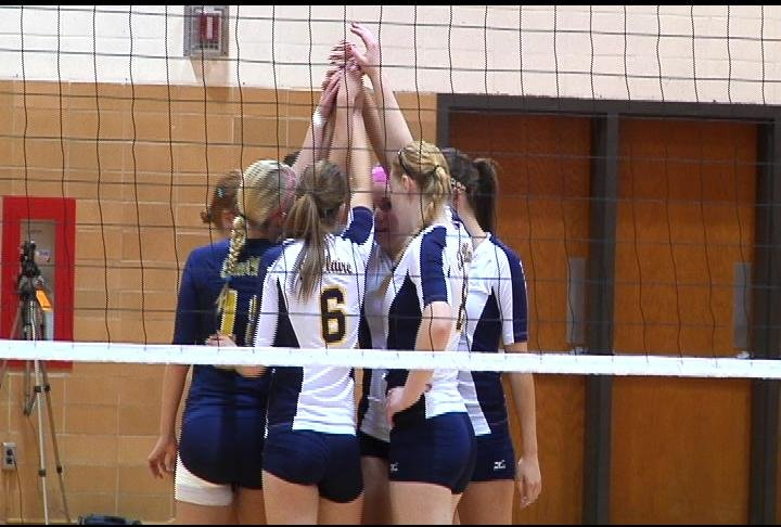 UWEC picks up a 3-1 win at UWRF