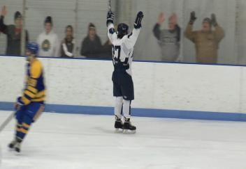 The Stout men's hockey team sweeps St. Scholastica