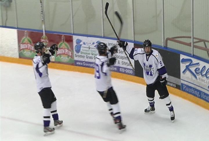 EC Memorial celebrates a 2nd-period goal by Kadin Machusak (#9)