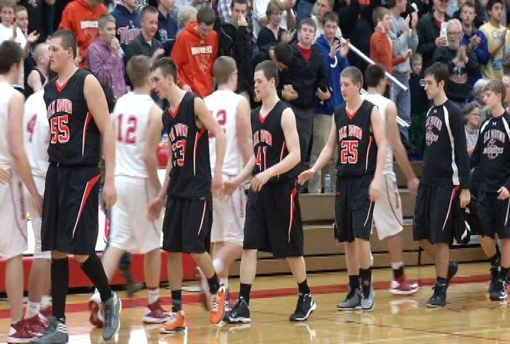 Elk Mound remains unbeaten with a win at Colfax