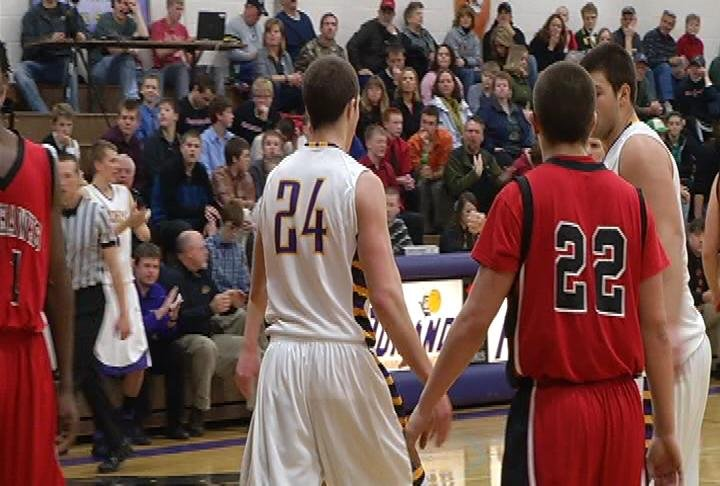 Jack Komro (#24) is key as Durand remains unbeaten by rallying to beat Baldwin-Woodville
