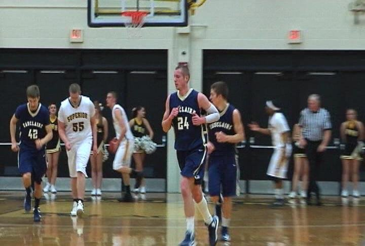Dustin Kalien (#24) leads UWEC with 13 points in a loss at UW-Superior