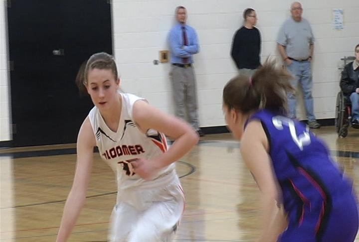 Bloomer tops Chetek-Weyerhaeuser in HON play