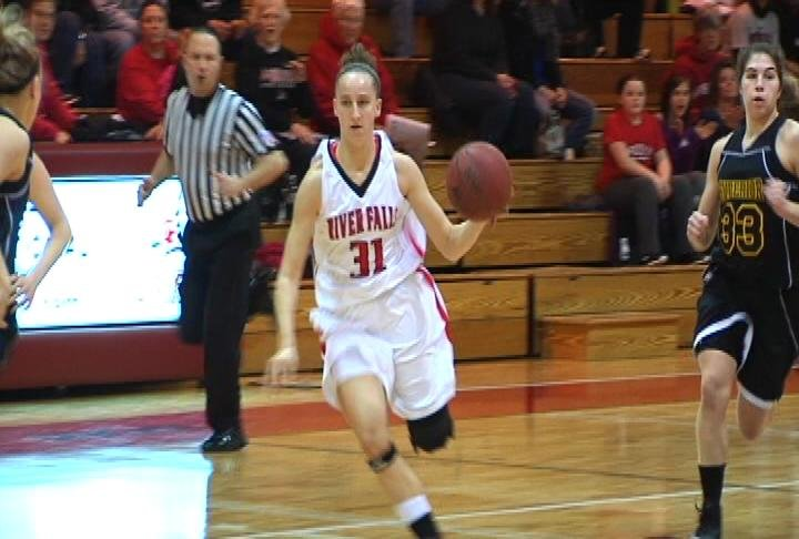 Nikki Guhr goes to the hoop as UW-River Falls upsets UW-Superior
