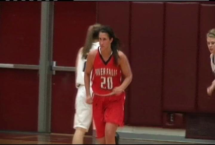 Brittany Gregorich has 21 points & 13 rebounds as UW-River Falls wins at UW-La Crosse