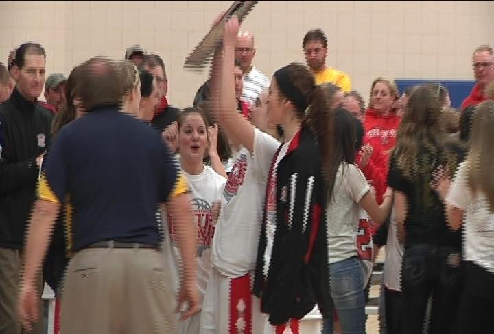 Neillsville returns to state after beating Ladysmith