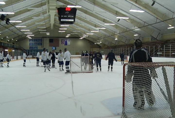 UWEC holds its final Hobbs Ice Center practice Tuesday afternoon