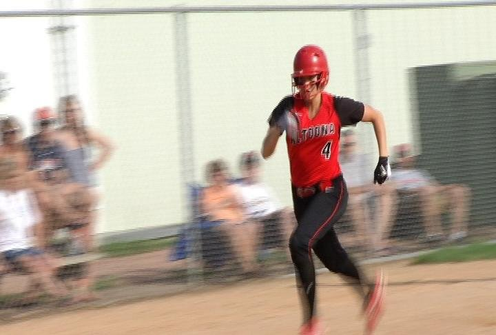 Altoona uses an offensive surge to get by New Richmond