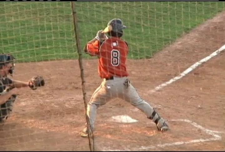 Charlie White has a pair of RBI in Eau Claire's win at La Crosse